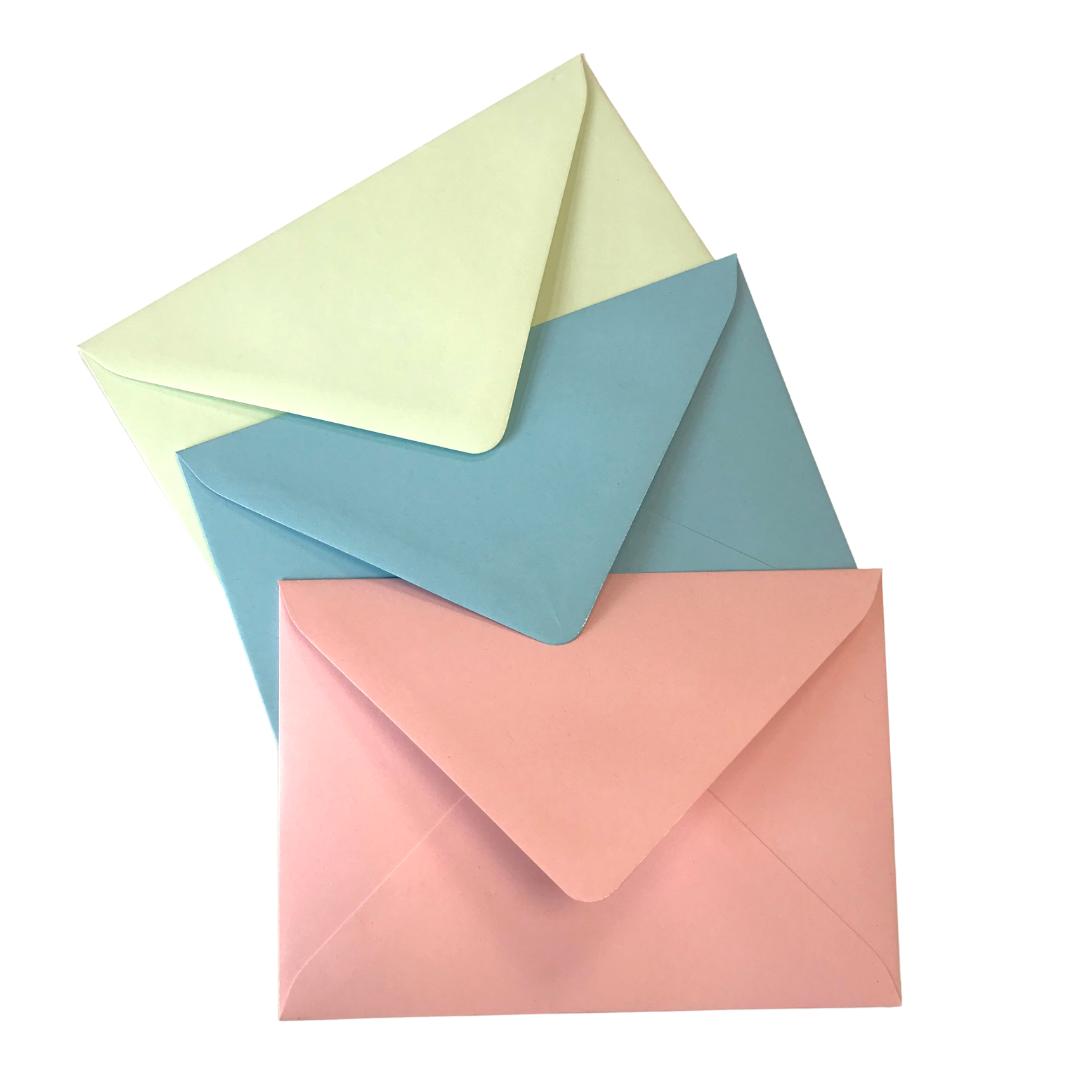 gekleurde wenskaart enveloppen